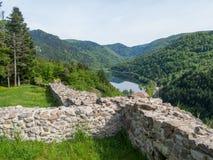 Jezioro w dolinie od wysokości Obrazy Royalty Free