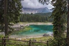 Jezioro w górze Zdjęcia Royalty Free