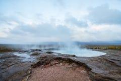 Jezioro w Geysir geotermicznym terenie, Iceland Fotografia Stock