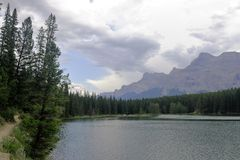 Jezioro w Kananaskis kraju Alberta, Kanada - Fotografia Royalty Free