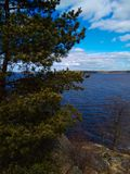 Jezioro w parku Mon Repos Vyborg Rosja obraz royalty free