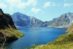 Jezioro wśrodku góry Obraz Stock