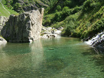 Jezioro w wysokogórskich górach Szwajcaria, Unterstock, Urbachtal Zdjęcia Stock