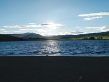Jezioro w zmierzchu Obraz Stock