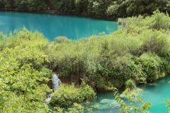 Jezioro z turkus wodą Fotografia Stock