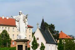 Jezus Chrystus z otwartą ręki statuą, Velehrad bazylika, republika czech fotografia royalty free