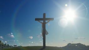 Jezus krzyż przeciw niebieskiemu niebu, zbliża out zbiory