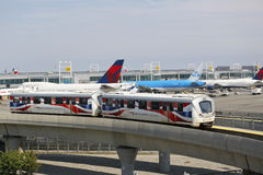 JFK机场AirTrain在纽约 图库摄影