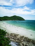 Jhakhrapong-Punkt (Ende von Tham Pang Point) berühmter Strand bei Sich Lizenzfreies Stockfoto