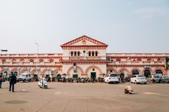 Jhansi järnvägsstation i Jhansi, Indien arkivbilder