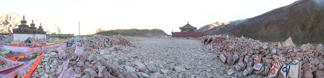 Jiana-the biggest mani stones in Yushu Stock Photography