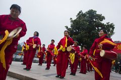 Nanjing wuding gate qinhuai river waist drum team. Jiangsu nanjing wuding gate park square, there is a group of enthusiasts, often carry on the waist inspiring Royalty Free Stock Photo