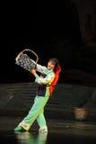 Jiangxi för minoritetbambudans opera en besman Royaltyfri Bild