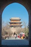 JIAYUGUAN, CHINE - 13 avril 2015 : Passage de Jiayuguan, West End de Grea Photos stock