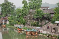 Jiezi, China: Alte Stadtstraßen-Szene stockfotos