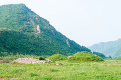 JILIN, CHINA - 27. Juli 2015: Der Kirchhof der Adlige bei Shanchengxia Lizenzfreies Stockfoto