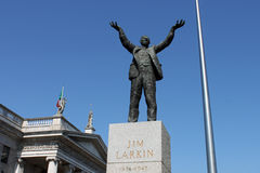 Jim Larkin. Statue in the centre of O,Connell street, Dublin. GPO and the Millenium Spire in the background Stock Photos