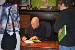Jim Ottaviani τον Ιούνιο του 2013 βιβλίων της Nicola στοκ φωτογραφία