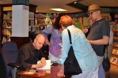 Jim Ottaviani Nicola livros no junho de 2013 imagens de stock royalty free