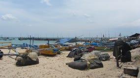 Jimbaran, de vissershaven van Bali, Indonesië stock afbeelding