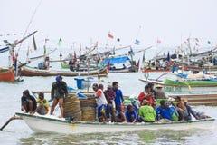 jimbaran för indones för bali strandfiskare Arkivbild