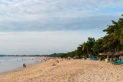 Jimbaran strand, en av populära dragningar i Bali, Indonesien Royaltyfria Foton