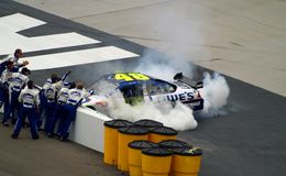 Jimmie Johnson Victory Imagem de Stock Royalty Free