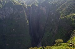 Jin Bahir Falls, facente un'escursione nelle montagne di Simien, l'Etiopia Immagine Stock Libera da Diritti