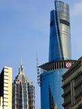Jin mao och shanghai torn i det lujiazuishanghai porslinet Arkivbilder