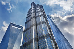 Jin Mao Tower Three Skyscrapers Liujiashui Shanghai Kina Royaltyfri Foto