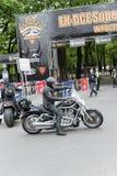 Jinetes de la motocicleta de Harley Davidson Imágenes de archivo libres de regalías