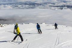 Jinetes libres en el top de la montaña Imagen de archivo