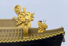 Jing An Temple Golden Dragon-Köpfe lizenzfreie stockbilder