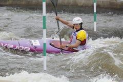 Jingjing Li en raza de la taza de mundo del eslalom del agua Foto de archivo
