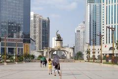 Jinhu fyrkant i huvudstaden av Guangxi Zhuang den autonoma regionen: Nanning Arkivbilder