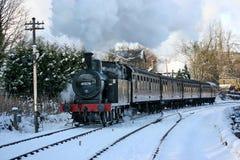 Jinty ångalokomotiv på en Santa Special på Keighleyen och Woen Arkivfoto