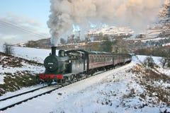 Jinty ångalokomotiv på en Santa Special på Keighleyen och Woen Royaltyfri Bild