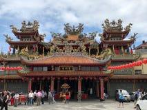 Jioufen, Taiwan - Mai 2018: Leute, die Buddha-` s Geburtstag am buddhistischen Tempel in Jioufen, Taiwan feiern Lizenzfreie Stockbilder