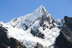 Jirishanca奇哥,山脉Huayhuash,秘鲁 库存照片