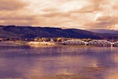 Jiu河的剧烈的landcape在一多云天 库存照片
