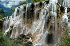 Jiu Zhai Gou, China: Cachoeira do banco de areia da pérola Imagens de Stock