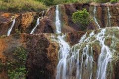 Jiufen guld- vattenfall, Taiwan Royaltyfri Bild