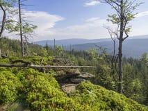 Jizera-Berg-jizerske hory Panorama, Ansicht vom Hügel Frydla lizenzfreie stockfotografie