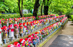 Jizo statues at the cemetery, Zojo-ji temple, Tokyo Stock Photos