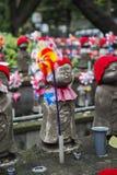 Jizo statyer på Shiba parkerar i Tokyo Fotografering för Bildbyråer