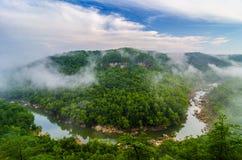 Jäklar hoppar, stora South Fork av Cumberlandet River Fotografering för Bildbyråer