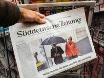 Joachim sauer en Merkel-verkiezingendag voor de Kanselier van Duitsland stock foto's
