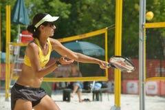 Joana Cortez på strandtennisvärlden Team Championship Arkivfoton