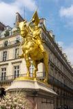 Joana do monumento do arco em Paris, França imagem de stock royalty free