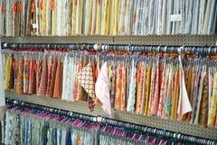Joann Fabrics et compagnie de métiers de l'intérieur dans le magasin Photos libres de droits